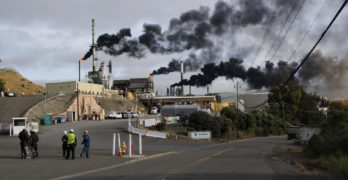 Dodd bill aims to triple fines for refinery air quality violations